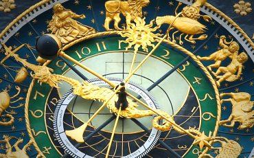 1 Relógio astronômico. Pixabay