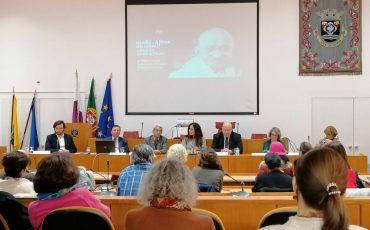 1 K. Nandini Singla. Embaixadora da Índia em Portugal (centro da mesa)